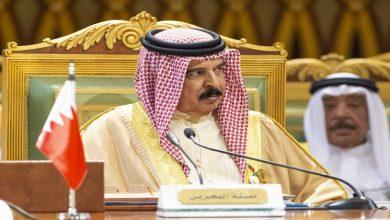 "Photo of Bahrain: ""Historic moment"" Israeli FM Lapid unites Bahrain's King"